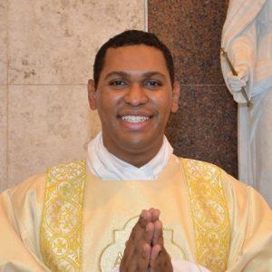 Padre Eduardo Moura