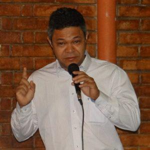 Padre Osvaldo Santos