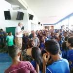 Padre Waldomiro dà l'avvio al nuovo anno scolastico
